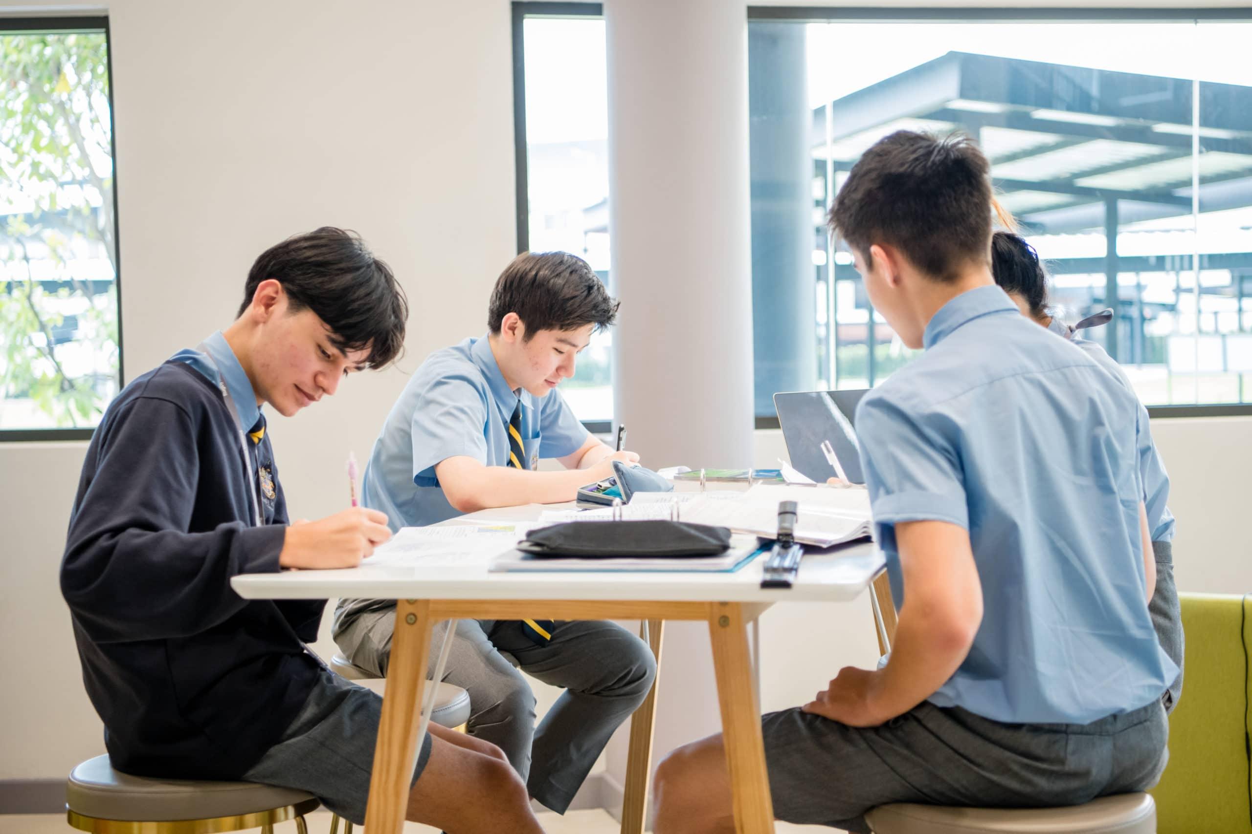 RST_Senior Academic Shot_0001